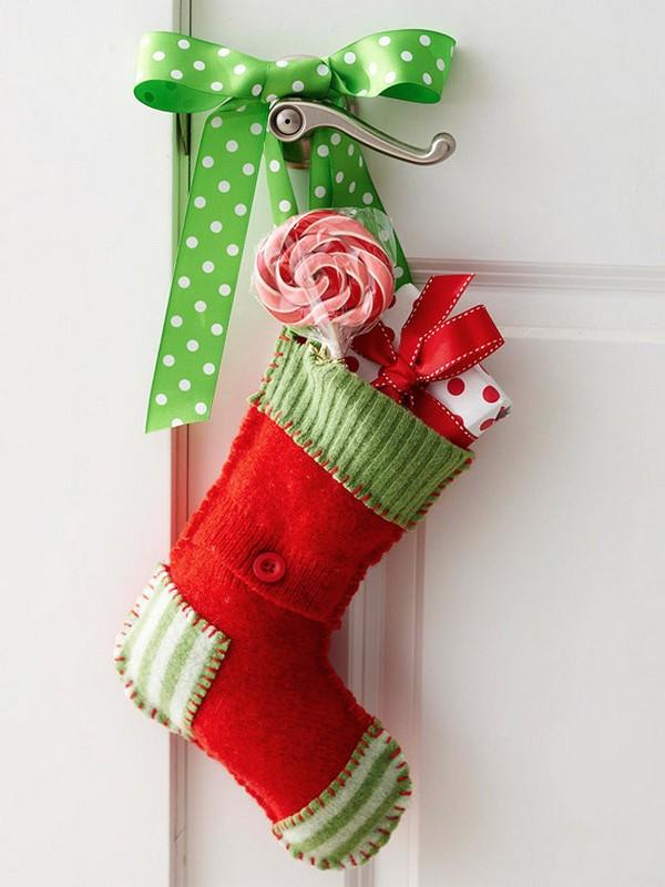 Рождественский сапожок на входную дверь