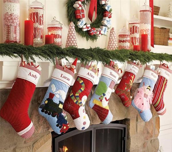 Декоративные носки для подарков рождественские