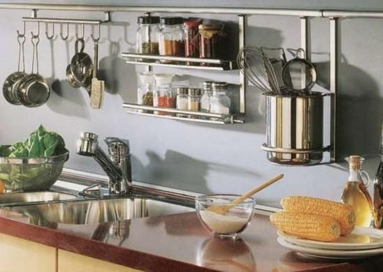 Рейлинговые системы для малогабаритной кухни