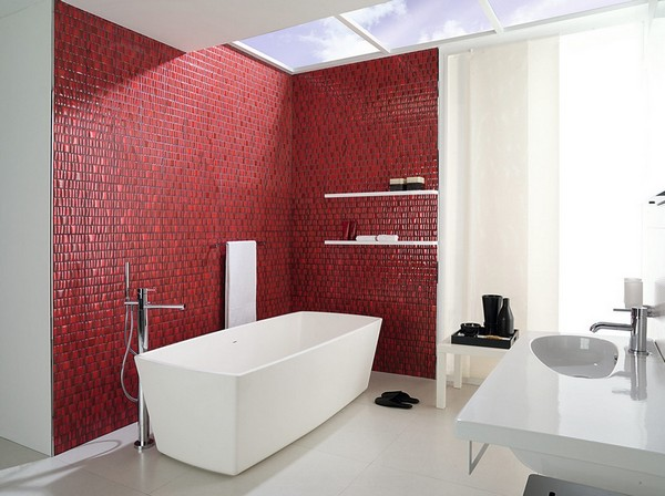 Акцентная стена в ванной комнате мозаика