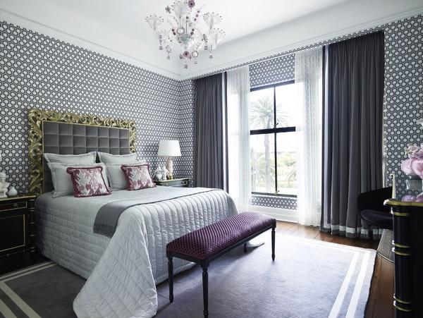 Однотонные шторы в спальню фото