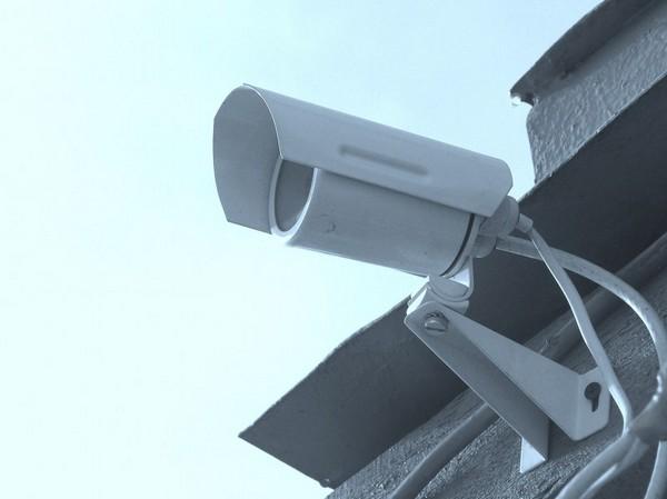 камера наружного наблюдения для дома