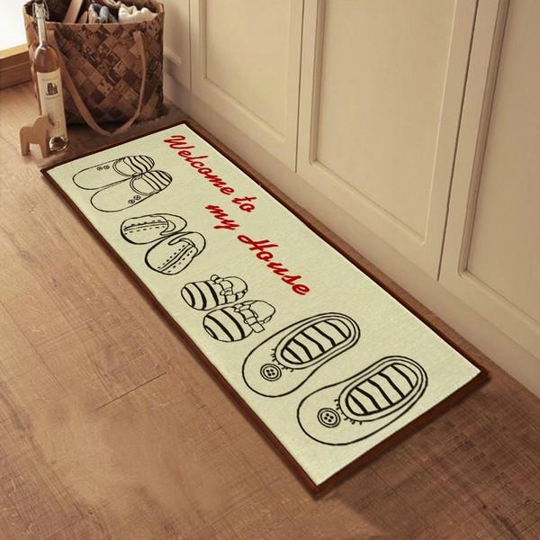 Придверный коврик с рисунками обуви