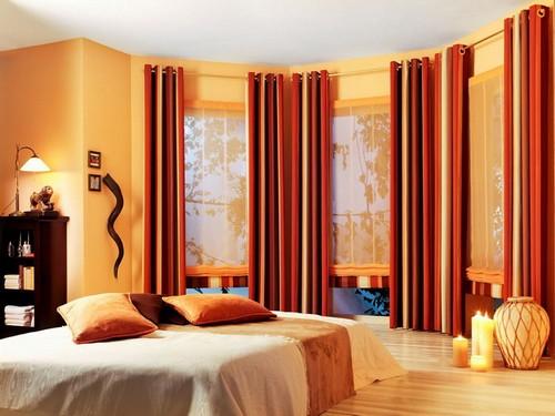 Карниз для штор с люверсами на эркерное окно