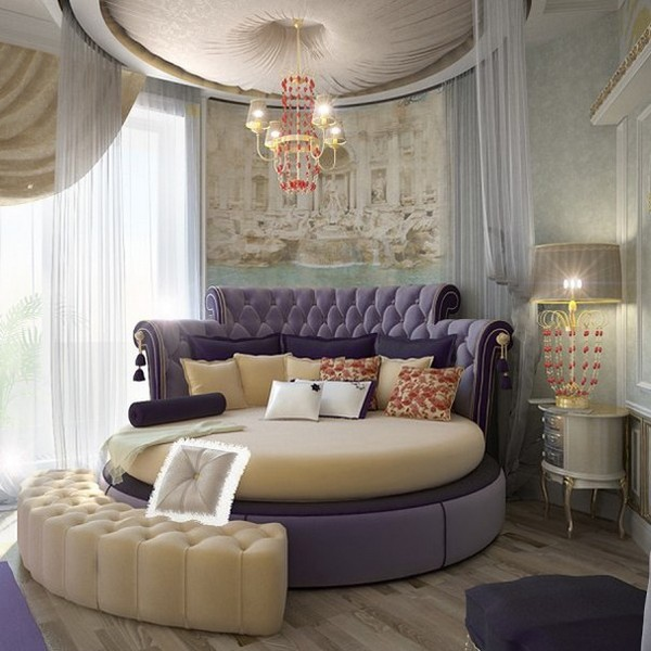 Неудачный интерьер с круглой кроватью