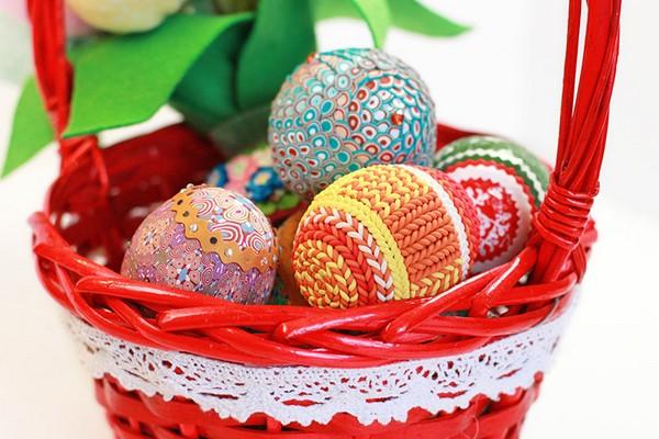 Красивая корзинка для пасхальных яиц