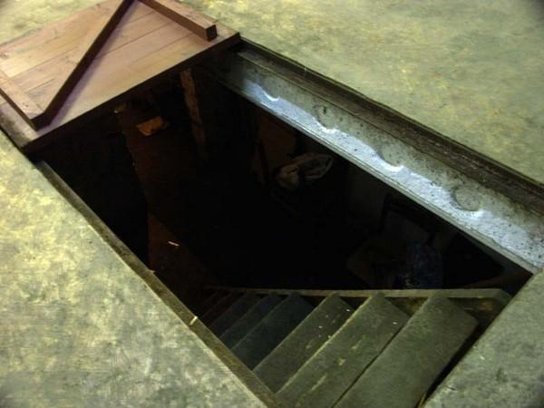 Как сделать смотровую яму-погреб в гараже