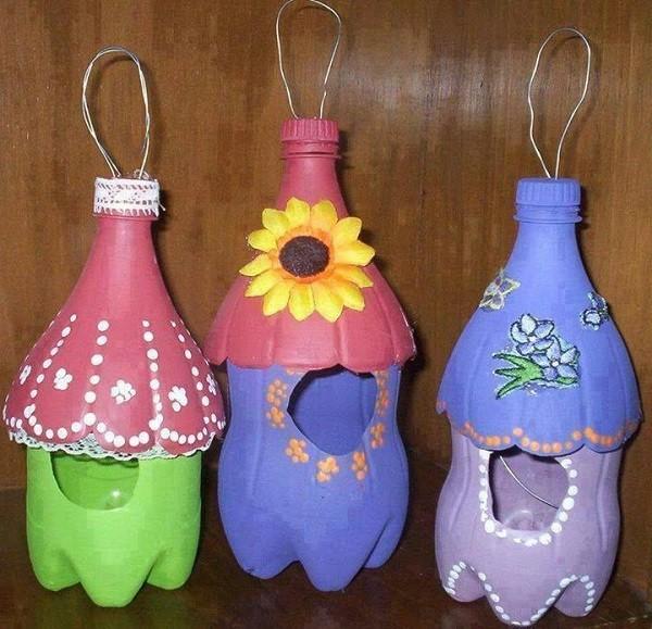 Красивые скворечники из пластиковых бутылок своими руками