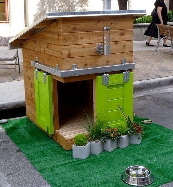 Оригинальная и красивая собачья будка