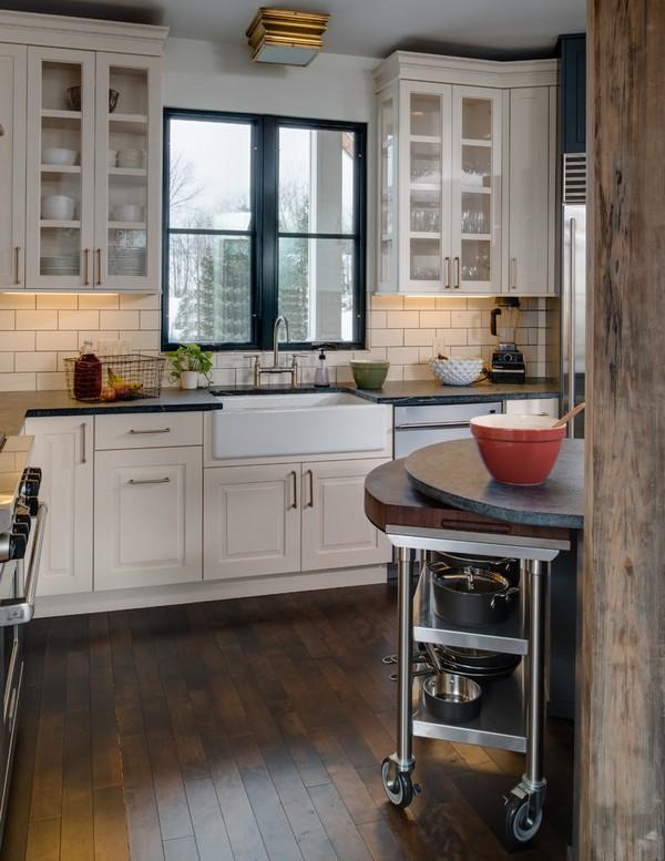 Островок на колесиках на кухне фото