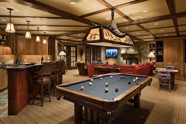 Дизайн бильярдной комнаты с барной стойкой