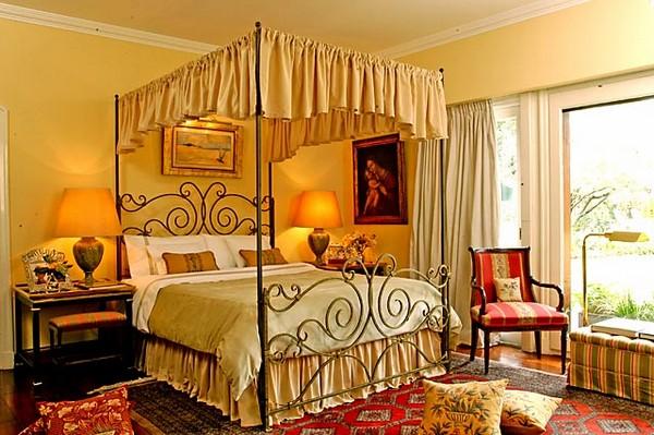 Металлическая кровать с балдахином фото
