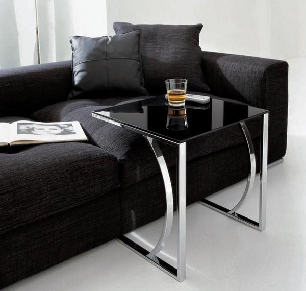Приставной столик к дивану