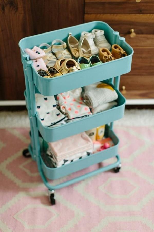 Этажерка на колесиках для обуви и вещей малыша
