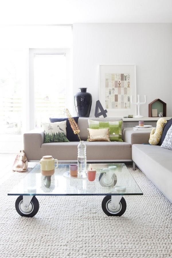 Журнальный столик со стеклянной столешницей и колесами своими руками