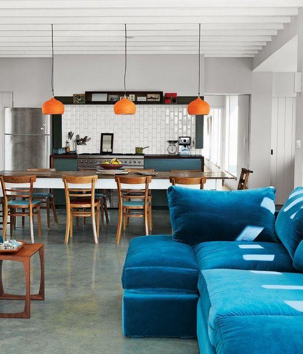 Синий диван модульный в кухню-гостиную
