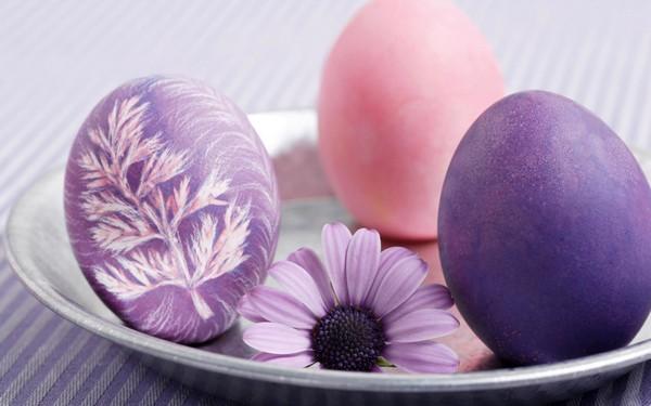 как раскрасить деревянное яйцо