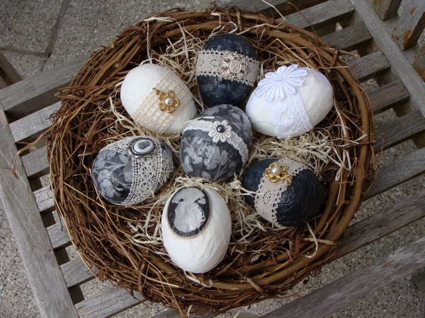 как украсить деревянное пасхальное яйцо