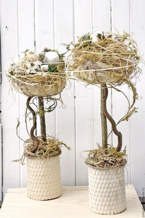 Дерево топиарий с гнездами