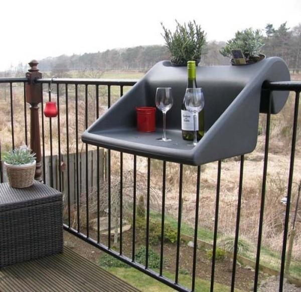 Эргономичный мини-столик навесной для балконов
