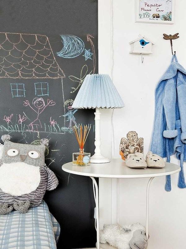 Меловая стена в скандинавской детской