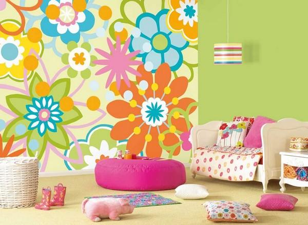 Дизайн стен детской к лету