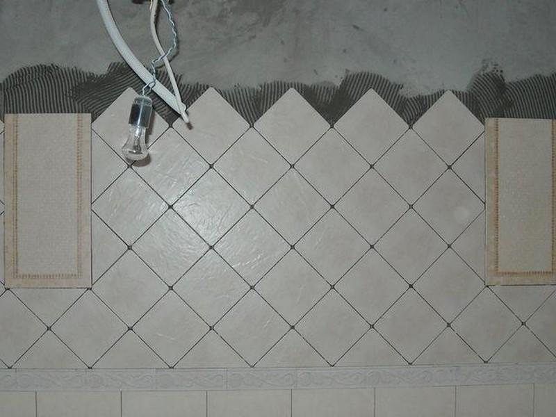укладка плитки на стены по диагонали фото