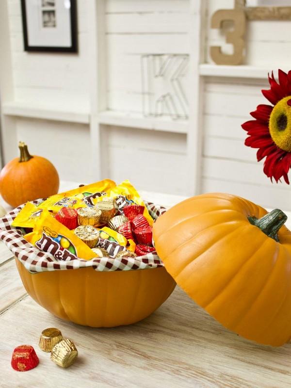 Декор стола на Хэллоуин