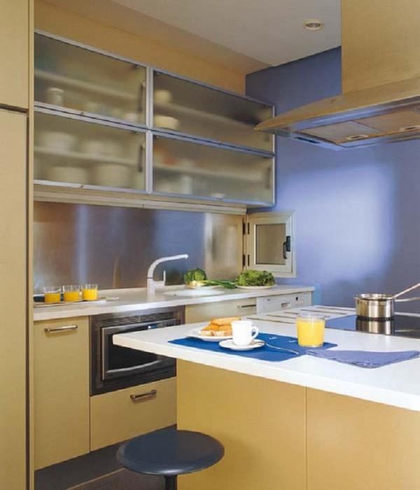 Как сэкономить место в кухонном шкафу