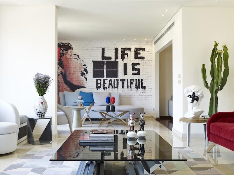Граффити в интерьере фото