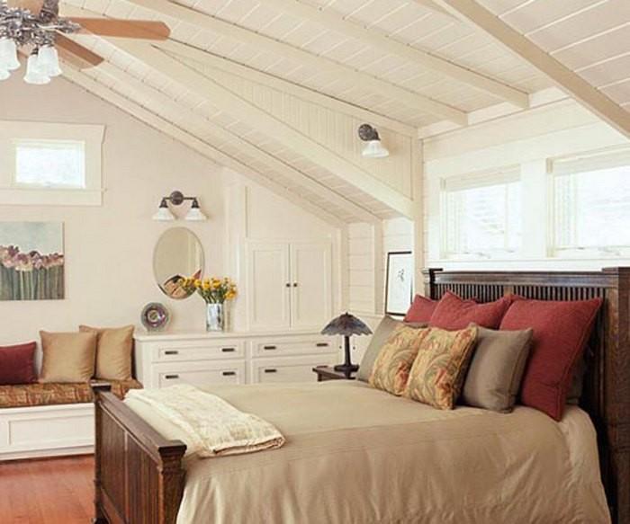 Мебель для спальни на мансарде фото