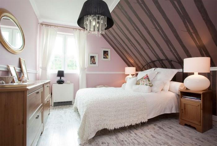 Мансардная спальня с односкатной крышей фото
