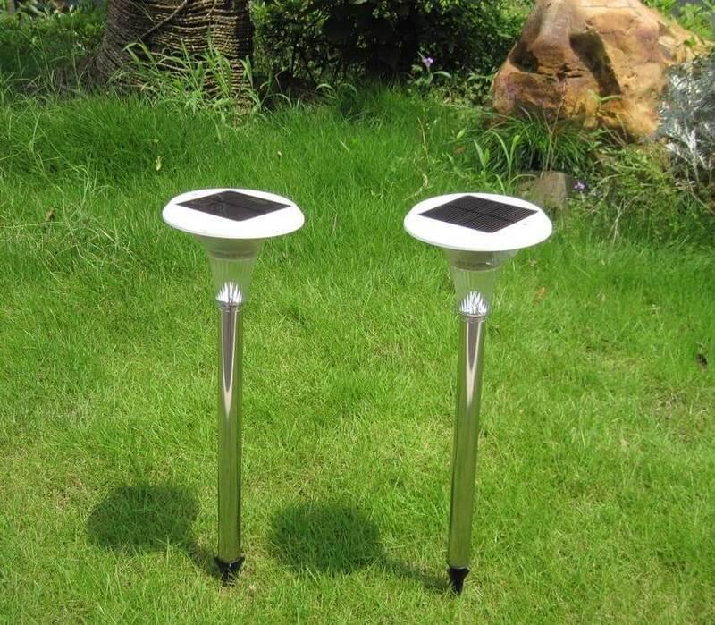 Уличные светильники на солнечной батарее