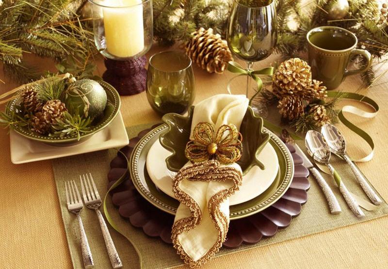 как сервировать стол на Новый год фото