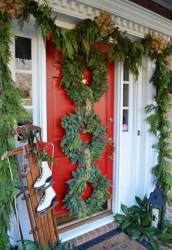 новогоднее украшение входной двери фото