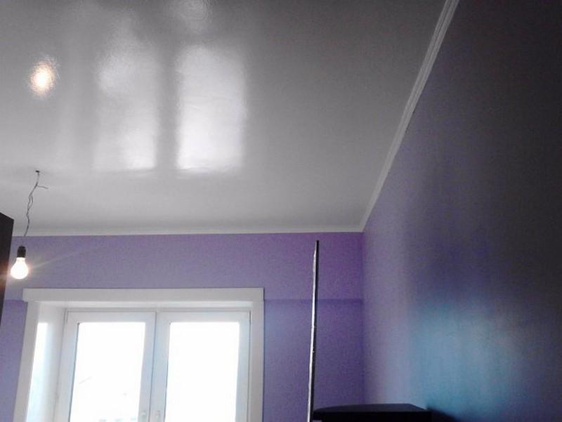 глянцевая краска для потолка фото