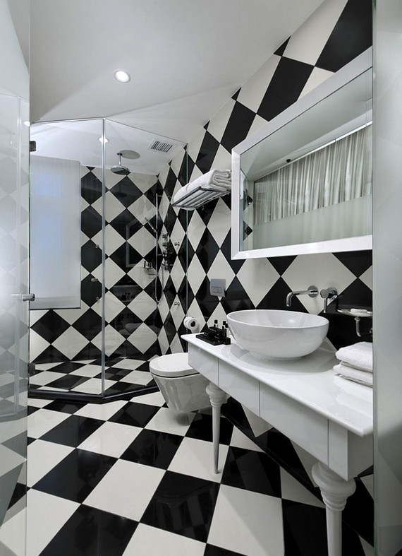 Интерьер ванной комнаты в черно-белых тонах