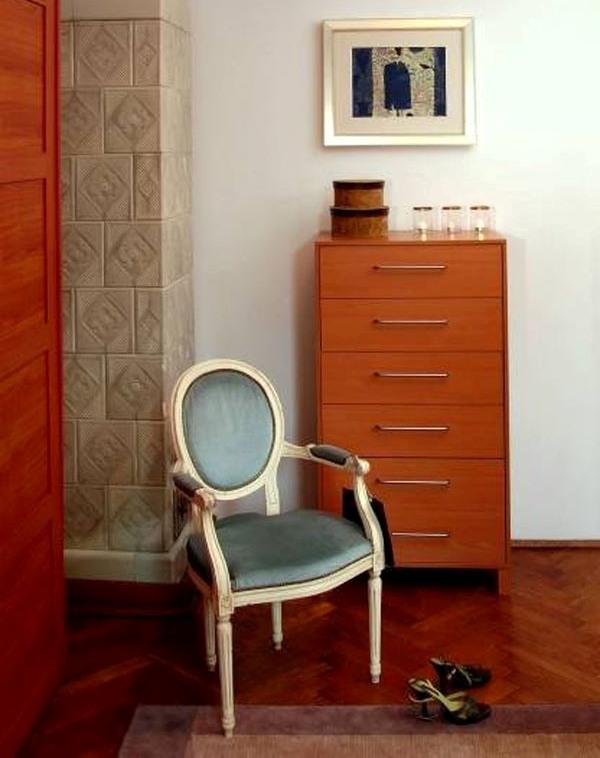 Оформление спальни в пастельно-лиловой гамме