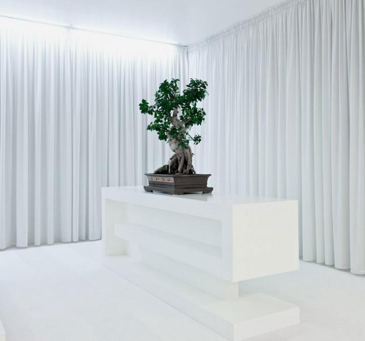 Полностью меняем дизайн квартиры за счет изменения цвета ее освещения