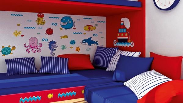 Декоративные подушки в детской комнате