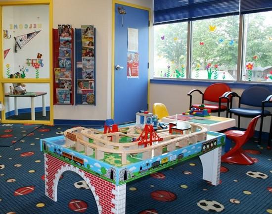 Конструкторы Лего в интерьере детской комнаты