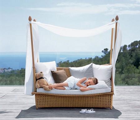 Плетеная мебель для дачи фото