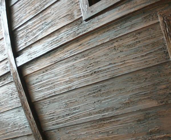 """Искусственно """"состаренные"""" деревянные панели"""