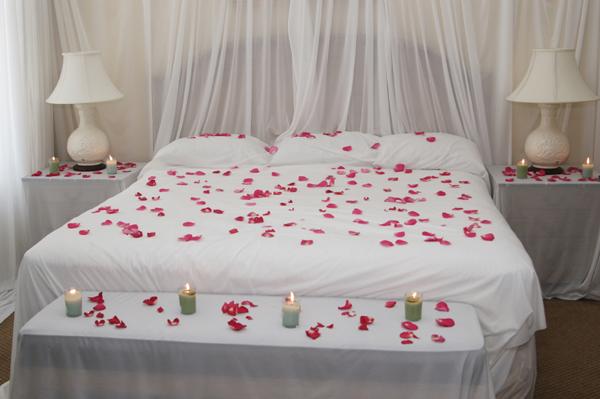 Романтика в спальне фото