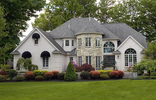 Дом в колониальном стиле