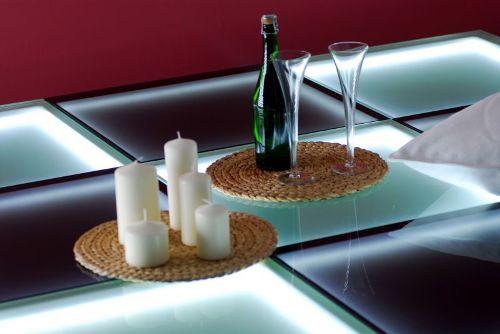 Стеклянный пол с подстветкой фото