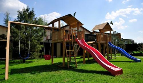 Детская площадка на даче фото