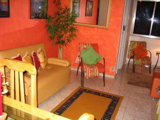 Кухонный уголок со спальным местом фото