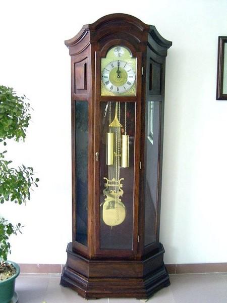 Напольные часы старинные