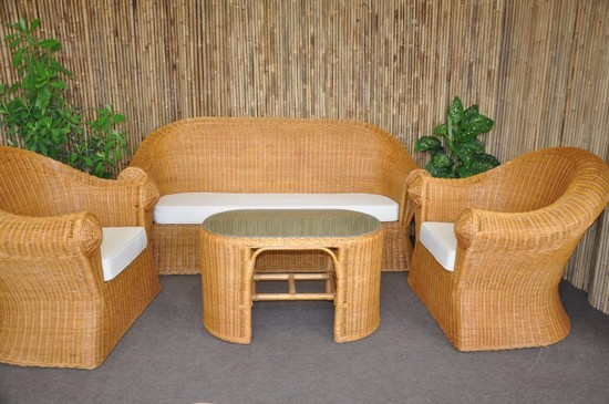 Кресла и диван из бамбука